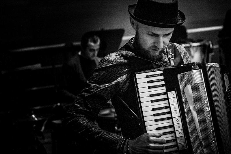 Ⓒ Alicja Rzepa • Artur Andrus / Człowiek Orkiestra / soundcheck / Łukasz Borowiecki