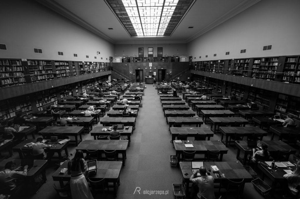 Ⓒ Alicja Rzepa • Zaczytany Kraków • Czytelnia Biblioteki Jagiellońskiej