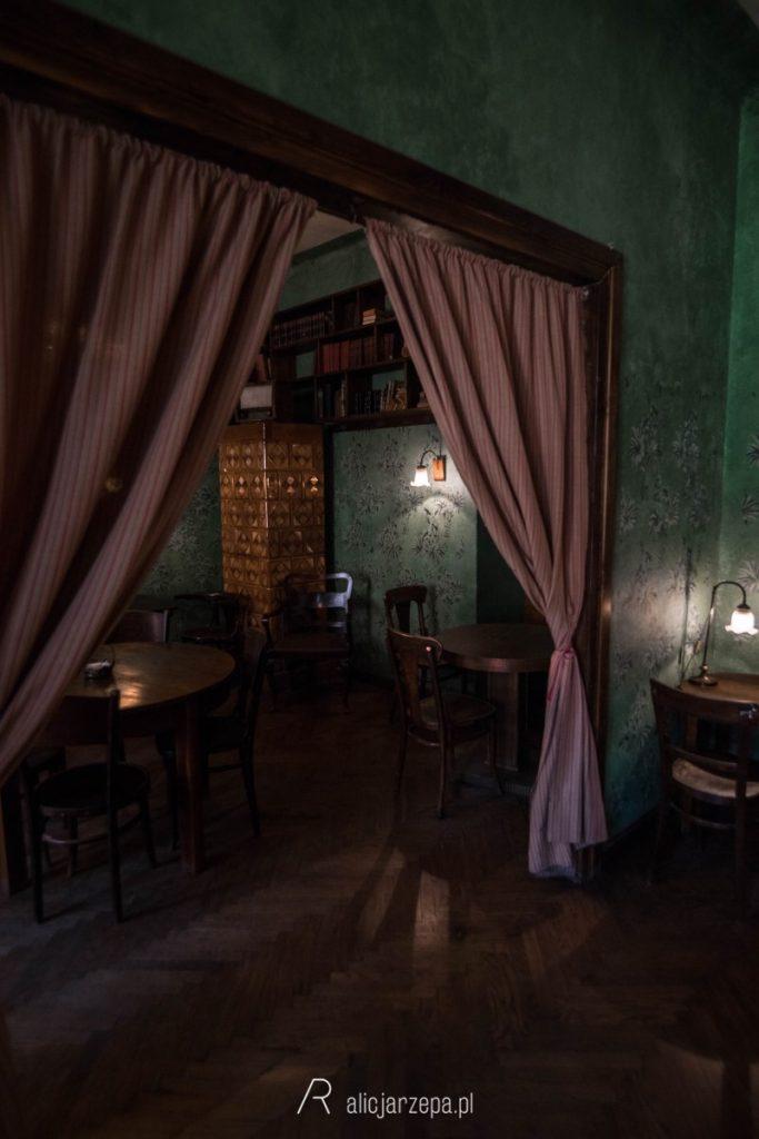 Ⓒ Alicja Rzepa • Zaczytany Kraków • Massolit Books